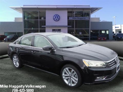 New 2018 Volkswagen Passat SE W/TECHNOLOGY 2.0T AUTOMATIC