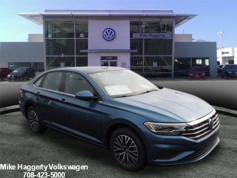 New 2019 Volkswagen Jetta 1.4T SE 4dr Sedan