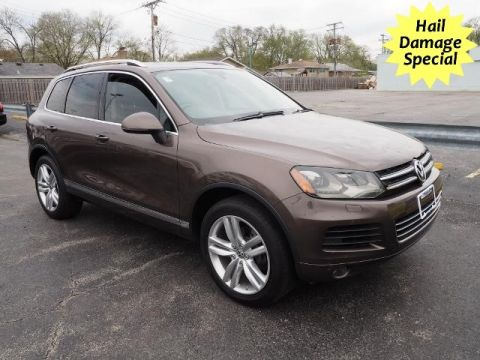 Pre-Owned 2012 Volkswagen Touareg